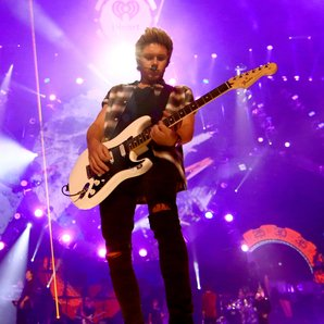 One Direction's Niall Horan iHeart Radio Performan